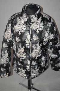3 Pikowana kurtka w kwiaty 46...