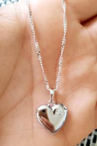 Zawieszka serce dwustronne cyrkonia ażur kolor srebrny stal chi...