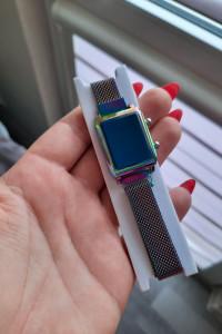 Zegarek LED mały kameleon benzyna magnetyczny pasek