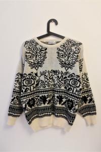 Piękny sweterek włoski projekt Roberto Vicenti z wełną...