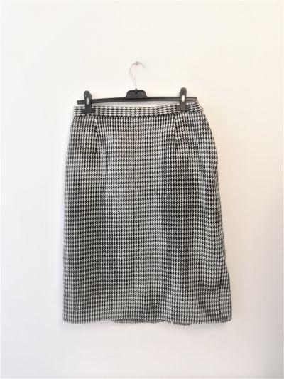 Spódnice Czarno biała spódnica pepitka must have