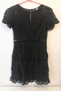 Czarna sukienka koronka H&M...