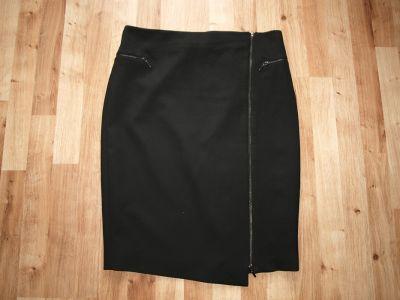 Spódnice Czarna spódnica L