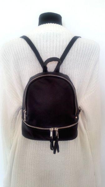 Plecaki Czarny plecak z suwakiem z ekoskóry