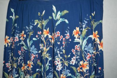 Spódnice 3 Plisowana spódnica w kwiaty Kaleidoscope 48