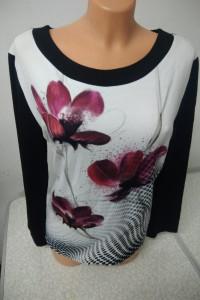 bluzka z motywem kwiatowym na przodzie rozmiar 44 i 46...