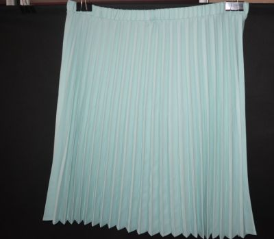 Spódnice 3 Plisowana miętowa spódnica Damart 56