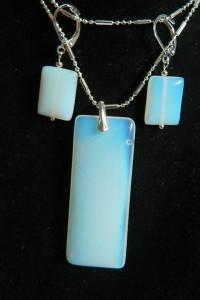 Opal biały mleczny prostokąty w srebrze zestaw biżuterii...