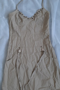 beżowa sukienka S