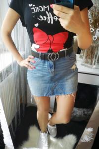 Oryginalna Spódnica damska jeansowa z modnymi przetarciami