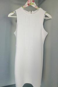 Bershka biała letnia sukienka...