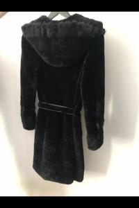 Szuba płaszcz zimowy z baranicymuton...
