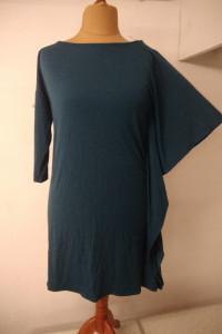 dzianinowa sukienka z nieregularnymi rękawmi rozmiar XXL...