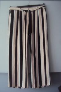 eleganckie spodnie w pasy...
