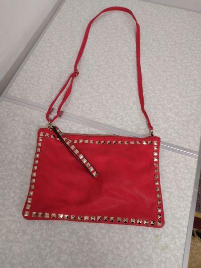 Torebki na co dzień Czerwona torebka z ozdobnym przodem