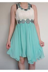 Sukienka wiązana na szyi...