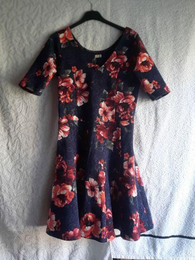 Suknie i sukienki Kwiecista sukienka Hollister