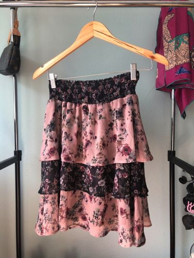 Spódnice Letnia spódnica w kwiaty