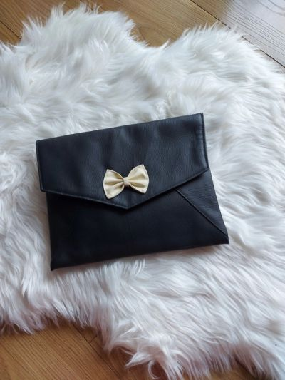 Torebki na co dzień Czarna skórzana torebka kopertówka