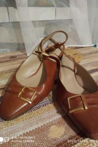 Buty z zakrytymi palcami