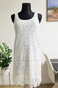 Koronkowa biała sukienka Janina
