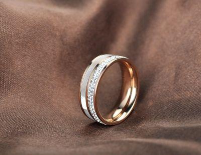 Pierścionki Nowy pierścionek złoty kolor stal szlachetna masa perłowa cyrkonie
