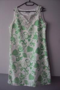 elegancka sukienka z koralikami...