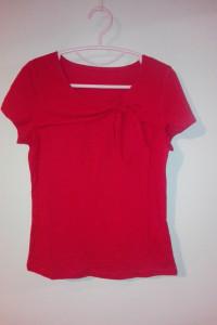 Czerwona bluzka z krótkim rękawem 36 38...