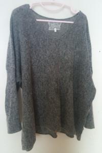 Zizzi Szary sweterek oversize z cyrkoniami 42 44...