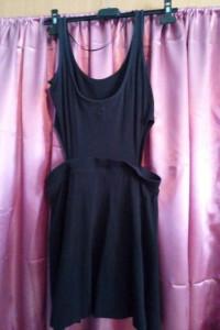 Czarna asymetryczna sukienka CROPP...