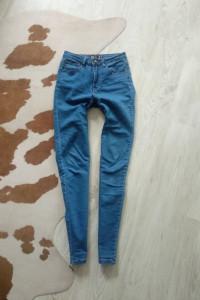 Jasnoniebieskie jeansy rurki skinny wysoki stan NY rozmiar S