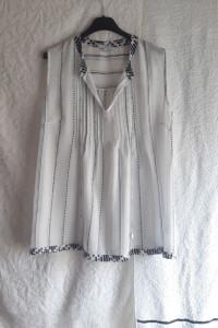Biało granatowa letnia szeroka bluzeczka Next rozmiar L