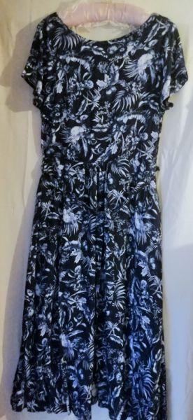 Suknie i sukienki Sukienka z wiskozy MiCo 42