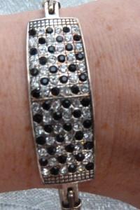 bransoletka srebrna z cyrkoniami biało czarnymi...