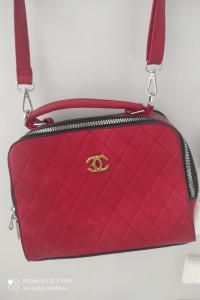 Piękna nowa torebka...