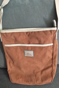 Brązowa torebka pluszowa NICI dla dziewczynki...