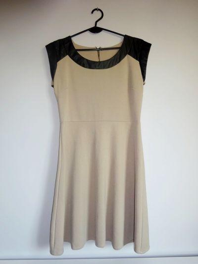 Suknie i sukienki wizytowa beżowa sukienka rozkloszowana złoty zip 38 M