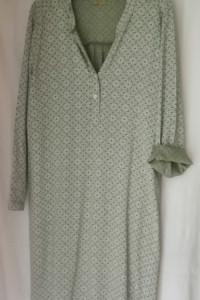 Włoska sukienka koszulowa M