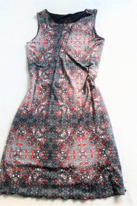 Sukienka bez rękawów 36...