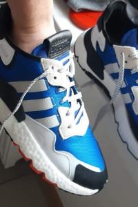 Adidas nite jogger...