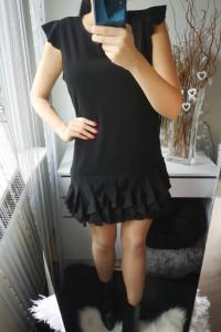 Sukienka damska z falbankami czarna uniwersalna