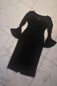 Czarna sukienka z rozkloszowanymi rękawami Boohoo...