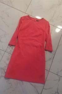 Różowa sukienka Miss Selfridge...