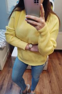 Żółty damski sweter M...