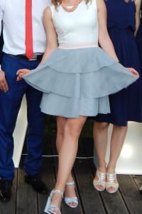 sukienka tiul idealna na rozmiar 34 i 36...