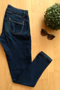 Granatowe spodnie jeansy biodrówki Top Secret 36 S...