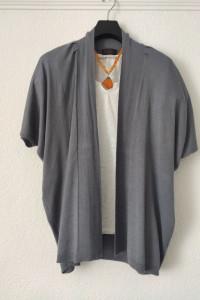 Narzutka sweter blezer rozmiar uniwersalny