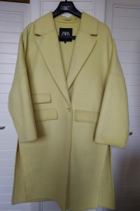Płaszcz z wełną Zara...