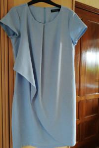 Jasno niebieska sukienka wyjściowa...