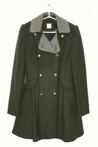 Przejściowy płaszcz w stylu militarnym...